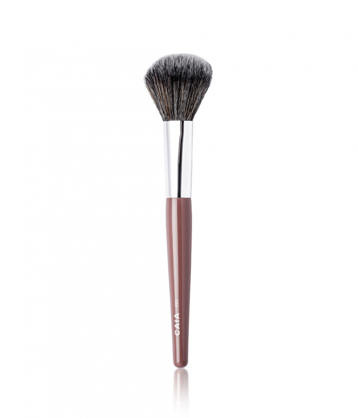 DOMED POWDER BRUSH 03 ryhmässä SIVELTIMET / MEIKKISIVELTIMET @ CAIA Cosmetics (CAI140)